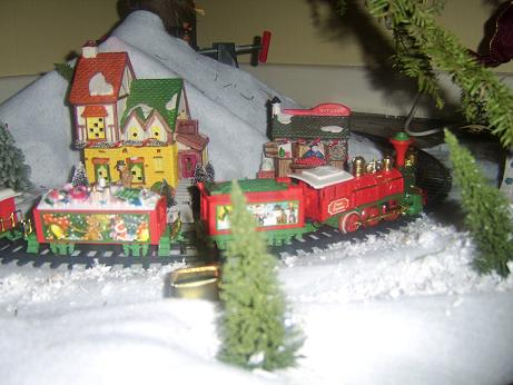Name:  xmasrailway.jpg