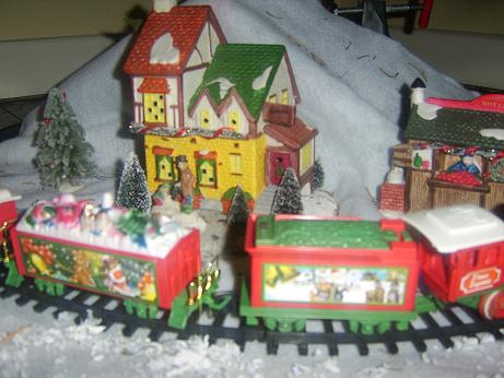 Name:  xmasrailway3.jpg
