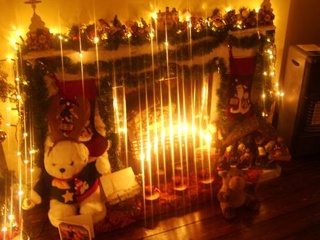 Name:  xmasfireplace.jpg